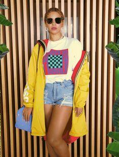 Beyoncé Chichi Get The Llello  23rd December 2017