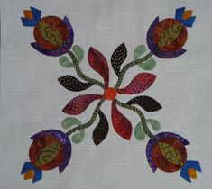 Edyta Sitar Block of the Month Hand Applique, Wool Applique, Applique Patterns, Quilt Patterns, Applique Ideas, New Project Ideas, Laundry Basket Quilts, Appliqué Quilts, Rose Of Sharon