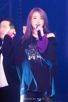 """Click for full resolution. 191102 IU at """"Love Poem"""" concert in  Gwangju"""