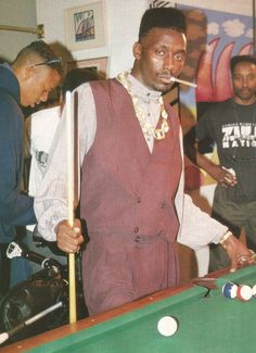 Big Daddy Kane started his career in 1986 as a member of the rap group the Juice Crew, founded by producer Marley Marl and radio DJ Mr. With his new school lyrics, choreography and tailored costumes he revolutionized hip … Continue reading → 80s Hip Hop, Hip Hop And R&b, Hip Hop Rap, Marley Marl, Hiphop, Big Daddy Kane, History Of Hip Hop, Afro, Hip Hop Classics