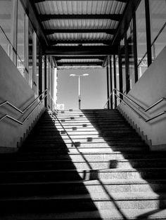 Photo Of The Week (45) - gallery cover photo. Link do galerii: http://galeria.trojmiasto.pl/Najciekawsze-zdjecia-tygodnia-21-08-27-08-2015,10,213.html Czarowne zakątki gdyńskiego dworca