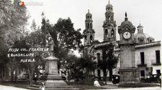Fotos de Puebla, Puebla, México: RELOJ COL. FRANCESA E IGLESIA Hacia 1920