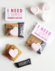 I Need S'more Friends Like You Valentine.these are the BEST Valentine Ideas for Kids! I Need S'more Friends Like You Valentine.these are the BEST Valentine Ideas for Kids! Funny Valentine, Friend Valentine Gifts, Kinder Valentines, Valentine Gifts For Kids, Valentines Day Party, Valentine Day Crafts, Valentine Box, Printable Valentine, Homemade Valentines