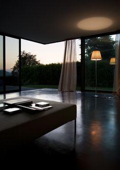 KTribe Manufacturer Flos Designer Philippe Starck #Homedoubler  http://www.architonic.com/pmsht/ktribe-flos_proref/1198113   KTribe T (table) http://www.flos.com/consumer/en/products/table/Ktribe_T   KTribe F (floor) http://www.flos.com/consumer/en/products/floor/Ktribe_F