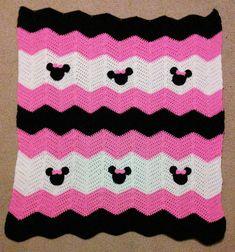 Rosa y negro Minnie Mickey Mouse Crochet bebé por MandyMiranda