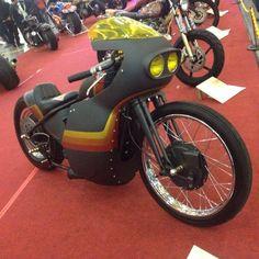 Speed Bike, Bobber Chopper, Cool Motorcycles, Custom Bikes, Cool Bikes, Ducati, Motorbikes, Old School, Racing