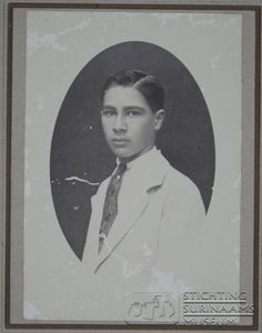 Wie was Wim Bos Verschuur? Old Pictures, Old Photos, Island, South America, Museum, Painting, Vintage, Sweet, People
