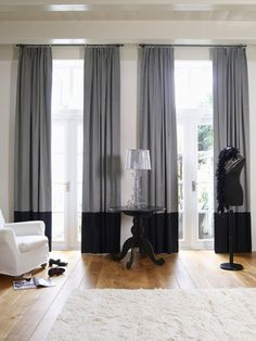 https://i.pinimg.com/236x/ee/68/20/ee6820225a481bebca17902ee498c051--windows-grey-curtains.jpg