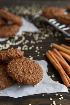 Vegan, gluten-free gingerbread breakfast cookies made with cooked quinoa, blackstrap molasses and Winter spices.  Blackstrap molasses was the first superfood that I was introduced to. The great thing about this superfood is that it doesn't cost an arm...