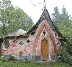 Fairy house Small house home tiny cottages cabin Unusual Buildings, Beautiful Buildings, Earthship, Fairytale House, Natural Homes, Unusual Homes, Earth Homes, Natural Building, Fairy Houses