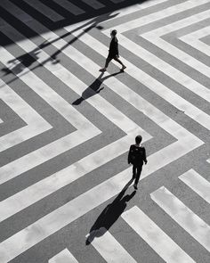 Seeing stripes 💭 Abstract Photography, Film Photography, Street Photography, Light And Shadow Photography, Modernisme, Gray Aesthetic, Minimalist Photography, Belle Photo, Zentangle