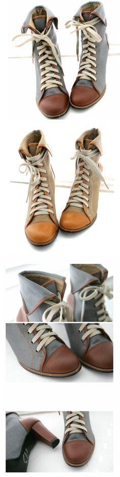 Queen's Wardrobe Trendy Laceup Boots