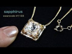 【ビーズステッチ】スワロフスキー(リボリ)のベゼルペンダント☆作り方 How to make a pendant. swarovski crystal/1122 rivoli/bezel - YouTube Jewelry Making Tutorials, Beading Tutorials, Bead Embroidery Tutorial, Bugle Beads, Seed Beads, Foot Bracelet, Necklace Tutorial, Crystal Jewelry, Beaded Earrings