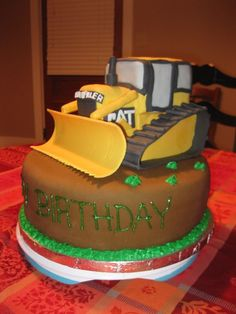 The bulldozer is made of rice crispy treats and fondant and gum paste. Fondant Cakes, Cupcake Cakes, Cupcakes, Bulldozer Cake, Boy Birthday Parties, Birthday Cakes, 3rd Birthday, Construction Birthday, Construction Cakes