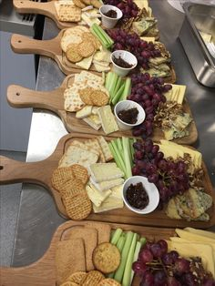 separate cheese boards with individual cheese and flavors that best match the wi… separate cheese boards with individual cheese and flavors that best match the wine they are in front of maybe keep meats separated? Charcuterie Recipes, Charcuterie And Cheese Board, Charcuterie Platter, Cheese Boards, Cheese Appetizers, Yummy Appetizers, Appetizers For Party, Appetizer Recipes, Party Food Platters