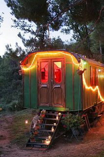 Roulotte by eclectic gipsyland, via Flickr