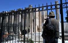 Greek Travel Agents Slam Decision of Museum Guards for Five-day Workweek