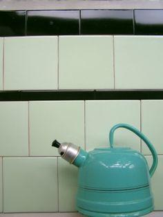 tegels met afgerond bovenzijde nog steeds te koop | mozaiek utrecht | 3d ontwerp | monique van waes mozaiek.com