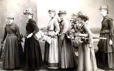 "The ladies of Vassar in their ""hiking clothes""."