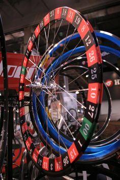 Roulette wheel, lucky rim