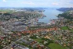 The Gandsfjorden is the fjord from Stavanger to Sandnes town centre. The fjord is situated between the flat Jæren landscape to the west and and the highland to the east. Photo by: Harald M Valderhaug