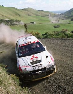 27º SMOKEFREE RALLY NEW ZEALAND 1997  4º CLASIFICADO  R.BURMS - R.REID  MITSUBISHI CARISMA GT