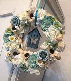 Bird Cages, Wreath Crafts, Summer Beach, Garland, Diy And Crafts, Floral Wreath, Wreaths, Ceramics, Spring