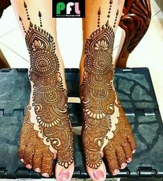 Mehndi - lavish bridal design for feet. Negative space makes it intriguingly sensual. Henna smells lovely, scenting the skin for days afterward. Indian Henna Designs, Mehndi Designs Feet, Latest Bridal Mehndi Designs, Legs Mehndi Design, Henna Art Designs, Mehndi Designs 2018, Stylish Mehndi Designs, Mehndi Design Pictures, Wedding Mehndi Designs
