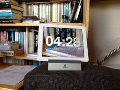 Ipad app for barely there clock... Chameleon Clock: The Transparent Background Clock App | Apartment Therapy