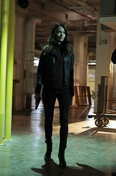 "POI:  Season 4  Episode 12  ""Control-Alt-Delete""  Root searches for Shaw."