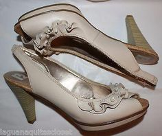 R2 High Heel Shoes Sandals Open Toe Back Straps Beige Ruffles & Pearls – La Guanaquita's Closet