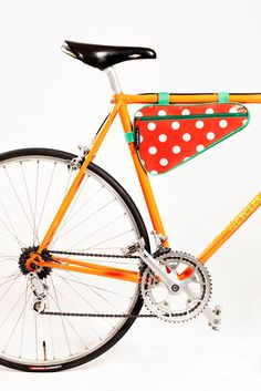 Be stylish on your bike, have a POPCYCLE bike bag :)