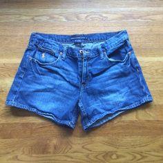RALPH LAUREN SPORT DENIM SHORTS Medium wash Ralph Lauren denim shorts with embroidered polo logo lightly Worn Ralph Lauren Jeans