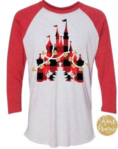 Disney Castle Christmas Wreath Mens Cotton Blend T-Shirt