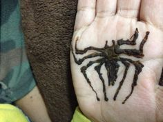 Kids mehandi spider