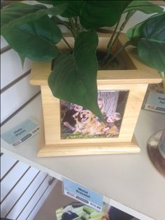 This photo planter is the perfect gift!