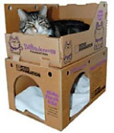 Housing description: Hide, Perch & Go Boxes. What we love: these boxes are great for use in shelter cat housing. We recommend them for housing units that have 9 square feet of floor space or greater. They are great in group rooms as well. Cardboard Cat House, Diy Cardboard, Niche Chat, Cat House Diy, Cat Tent, Diy Cat Toys, Diy Dog Bed, Cat Playground, Cat Condo