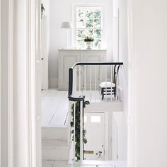 Here& another beautiful example of a Georgian house and interior but this home tour has leans more to the Country end of Modern Country. Black And White Hallway, Bedroom Chest Of Drawers, Essex Homes, White Staircase, Upstairs Landing, Modern Country Style, Country Chic, Country Living, Flooring For Stairs