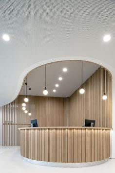 wood Interior Lobby Reception Desks is part of Lobby design - Welcome to Office Furniture, in this moment I'm going to teach you about wood Interior Lobby Reception Desks Design Hotel, Coperate Design, Design Room, Design Ideas, House Design, Design Styles, Lamp Design, Design Trends, Curved Reception Desk
