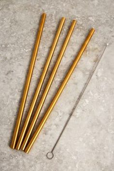 Shop Gold Metal Straws - Set of 4 at Urban Outfitters today. We carry all the latest styles, colours and brands for you to choose from right here. Urban Outfitters, Small Mason Jars, Steel Water Bottle, Metal Straws, Stainless Steel Straws, Grey Cushions, Style Retro, Plastic Waste, Ceramic Plates