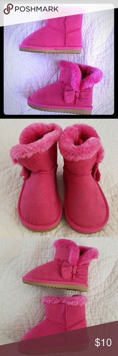 Children's Place Boots Children's Place Hot Pink Boots with faux fur trim and accent bow. Gently used condition. Children's Place Shoes Boots