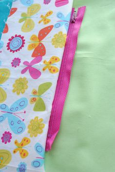 This zippered pencil bag pattern and tutorial will teach you how to make a zippered pouch that can be used as a pencil bag, make up bag, coin purse or anything else.