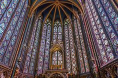 Sainte-Chapelle, Paris Commissioned in the century by King Louis IX, this Gothic chapel is nestled on the Ile de la Cité and boasts 15 stained-glass panels in its nave and apse that depict more than a thousand biblical figures. Sainte Chapelle Paris, Saint Chapelle, Stained Glass Panels, Stained Glass Art, Leaded Glass, Aachen Cathedral, Gothic Cathedral, Cathedral Church, World Photo
