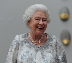 And another wonderful smile... Her Majesty must be exhausted!