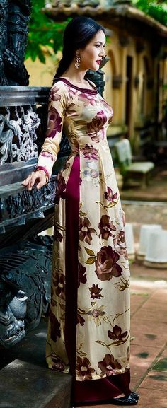 Hayun's Style After Selection Vietnamese Traditional Dress, Vietnamese Dress, Traditional Dresses, Ao Dai, Lovely Dresses, Stylish Dresses, Moda Indiana, Looks Vintage, Indian Designer Wear