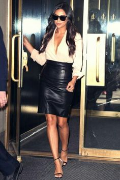 Shay Mitchell - perfect leather  skirt styling