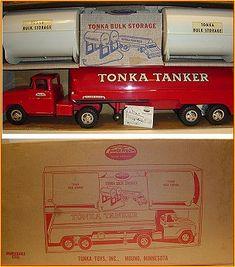 Vintage Toys 1960s, 1960s Toys, Tonka Trucks, Tonka Toys, Automobile, Old School Toys, Metal Toys, Carton Box, Car Wheels