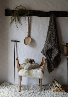 Romanian Retreat with Taking A Moment In Time from Janice Issitt Life Style blog, photo by Janice, rustic, country, european crafts.