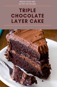 This is my preferred hand crafted chocolate cake formula. With a too sodden piece and fudgy, yet light surface, this chocolate cake formul. Best Chocolate Cake, Chocolate Icing, Homemade Chocolate, Chocolate Recipes, Chocolate Chips, Triple Chocolate Layer Cake Recipe, Bakery Chocolate Cake, Triple Layer Chocolate Cake, Triple Chocolate Cheesecake