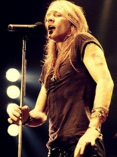 best pic of axl rose★, Guns N Roses Guns N Roses, Rock N Roll, Metallica, Rock Legends, The Duff, Record Producer, American Singers, Music Bands, Rock Music
